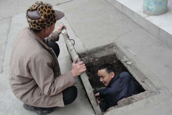 后勤buji极mou划克服困难 为全校师生做好供暖工作