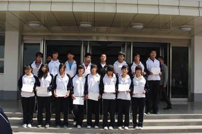 我校yun动健儿在市yun会中的获jiang成绩